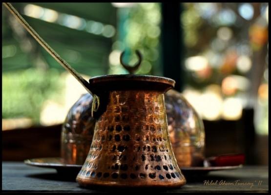 Türk kahvesi, Türkler tarafından keşfedilen kahve hazırlama ve pişirme metodunun adıdır. Özel bir tadı, köpüğü, kokusu, pişirilişi, ikramıyla kendine özgü bir kimliği ve geleneği vardır. Telvesi ile ikram edilen tek kahve türüdür