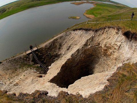 Rusya´nın Perm bölgesindeki Orda Gölü´nün altında büyüleyici bir dünya var.