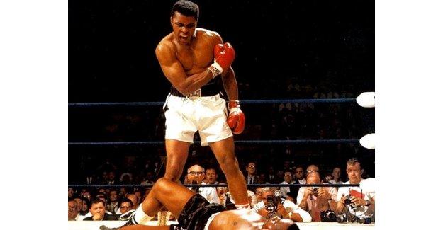 Muhammed Ali'den Trump'a tokat gibi cevap!