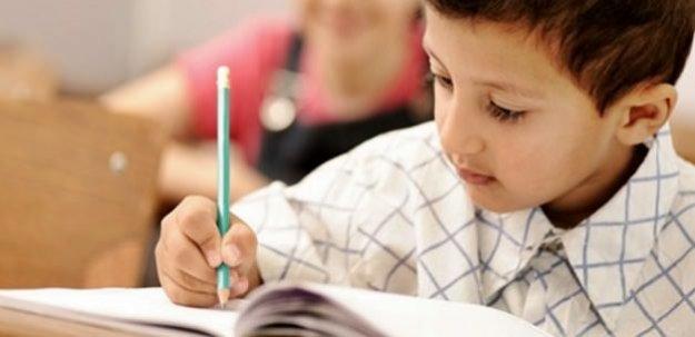 El yazısı çocuğun gelişiminde önemli