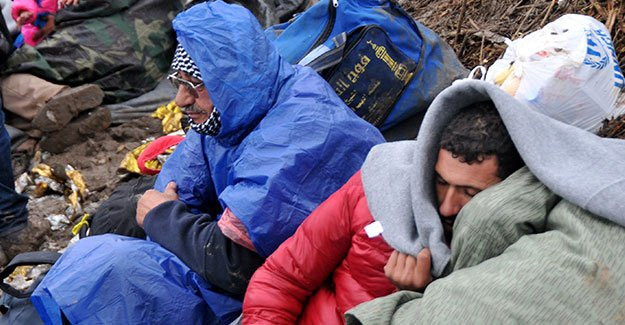 ''Sığınmacılar için Türkiye'ye verilecek yardımlar israftır'