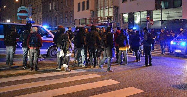 Viyana'da 'Balo' olaylı geçti