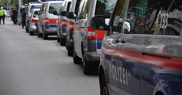 Viyana Polisi, vatandaşların bu tutumundan memnun değil