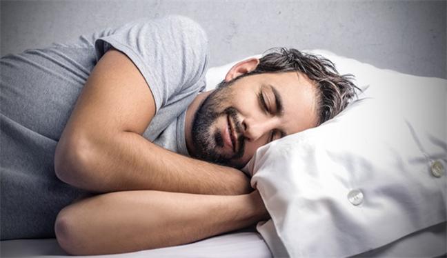 8 saatten fazla uyku felç bırakabilir