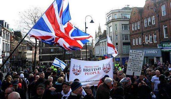 İslam karşıtı PEGIDA hareketi, Avrupa yürüyüşüne hazırlanıyor