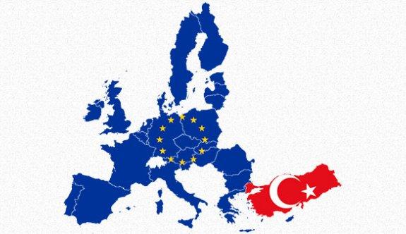 Türkiye, AB'ye Alınırsa Avusturya ayrılmalı