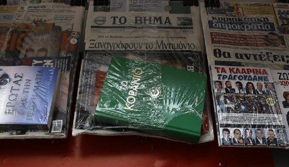 Yunan gazetesi Kuran'ı Kerim dağıttı