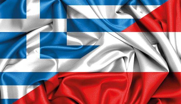 Yunanistan, Avusturya Büyükelçisini Geri Çağırdı