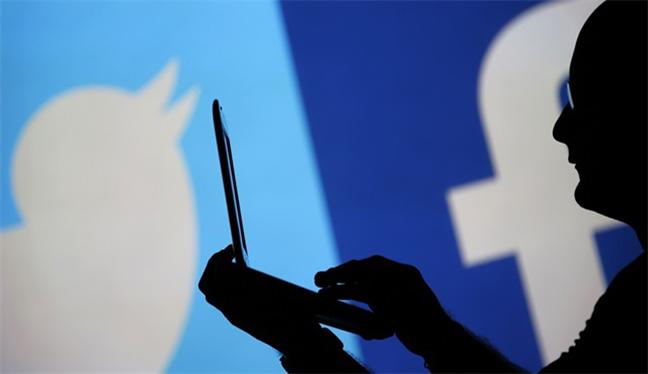 AB'den Facebook ve Twitter adımı