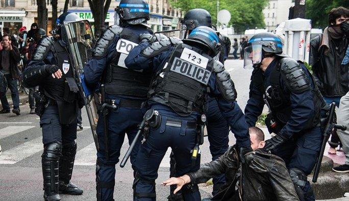 Fransız basını şiddetini görmedi, polis ise videoları yayından kaldırdı