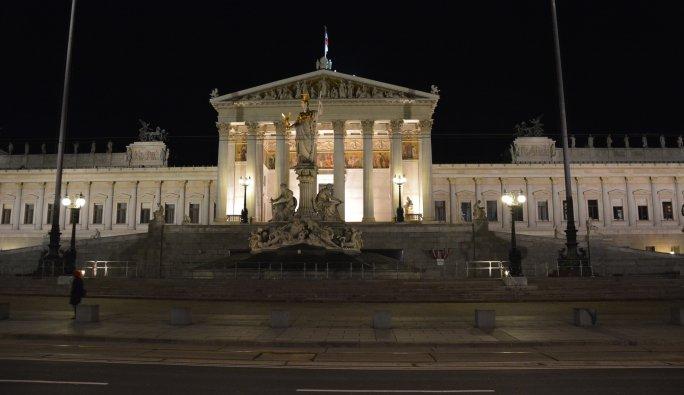 Avusturya'da 11 madde hayata geçirildi