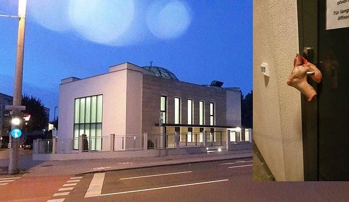 Avusturya'da camiye çirkin saldırı