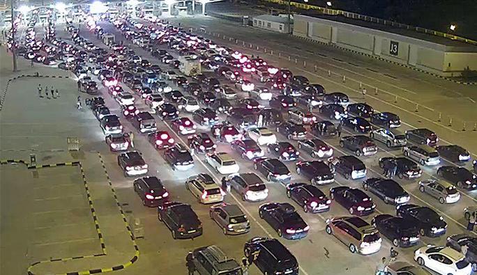 24 saatte 4 bin araç Kapıkule'den giriş yaptı