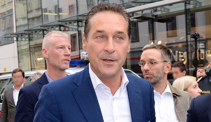 Anayasa Mahkemesinin kararından sonra Strache ve Bellen'den ilk açıklama