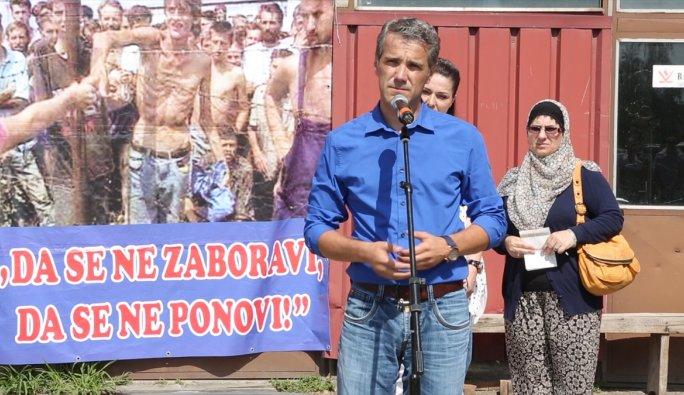 Keraterm kampında katledilen 200 Boşnak törenle anıldı