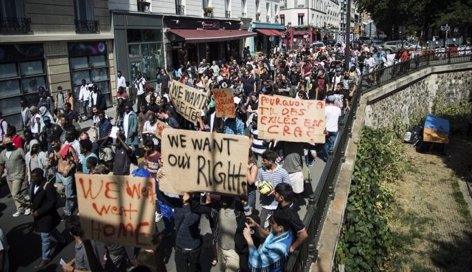Avrupa ülkesinin başkenti sığınmacılar için yürüdü