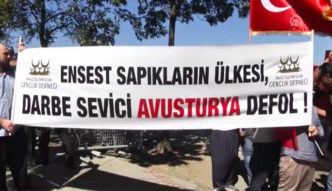 Avusturya'nın İstanbul Başkonsolosluğu Önünde Protesto