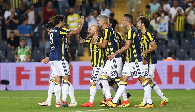 Fenerbahçe yeni hocasıyla farklı kazandı