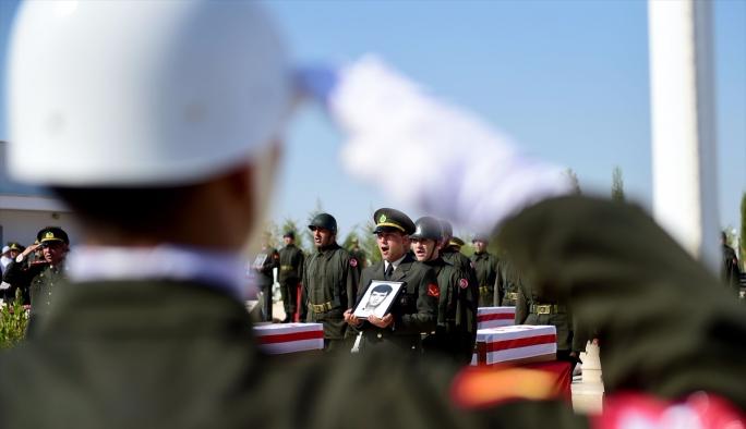 42 yıl sonra cenaze töreni