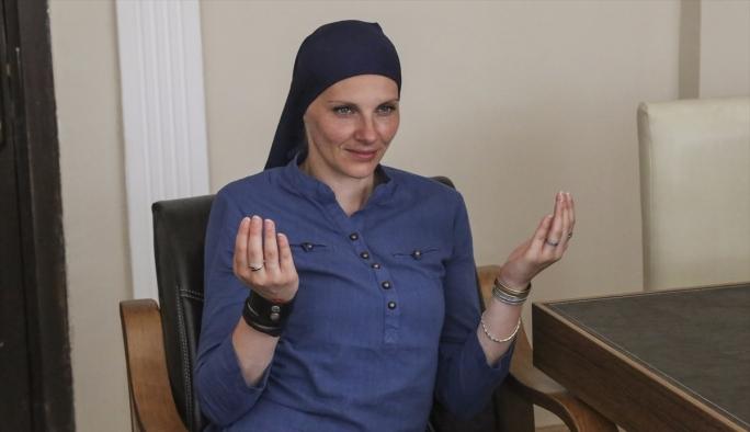 '15 Temmuz imanın gücünden' etkilendi Müslümanlığı seçti