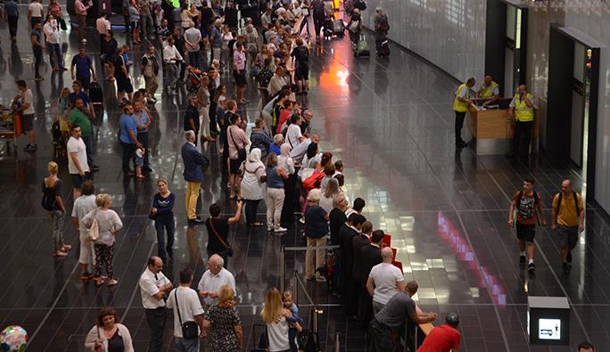 Özel Haber - Viyana Havalimanında dün gece neler yaşandı?