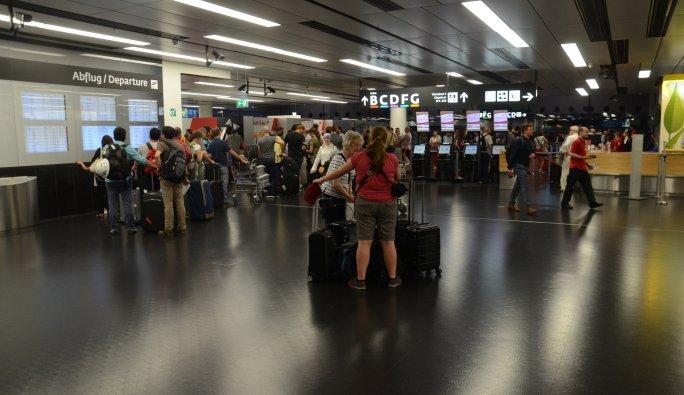Viyana'da 49 yolcu 'schengen' mağduru