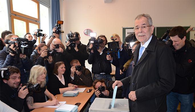 Avusturya Cumhurbaşkanı adayına polis koruması