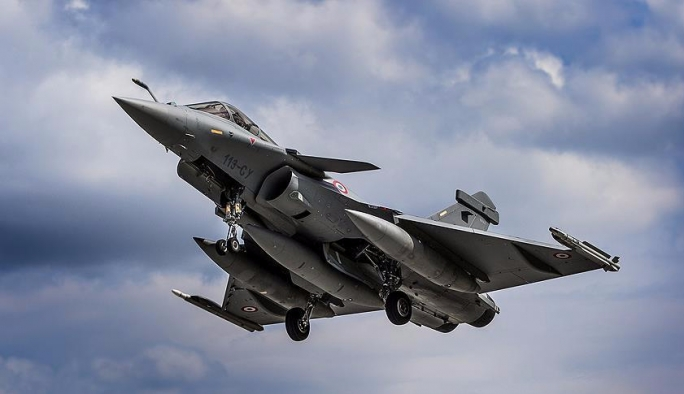 Rus bombardıman uçakları Fransız sahillerinde