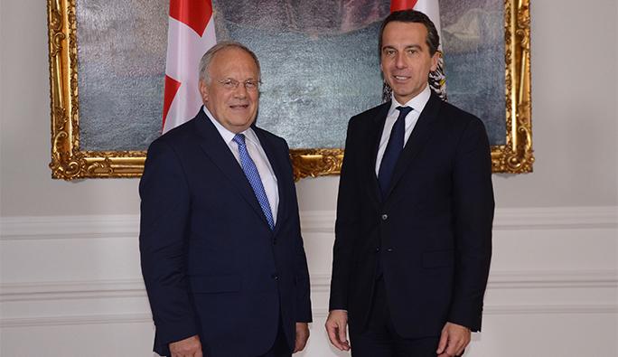 Viyana'da görüştüler