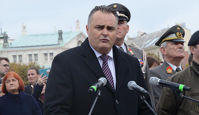Avusturya Savunma Bakanı: 'Türkiye'nin tehditleri kabul edilemez'