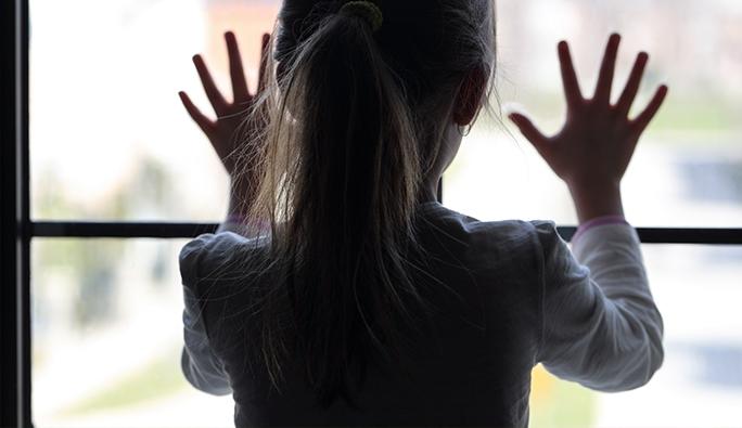 Viyana'da 4 yaşındaki kız 4. kattan düştü