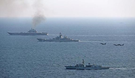 İngilizler Rus filosunu kıskaca aldı!
