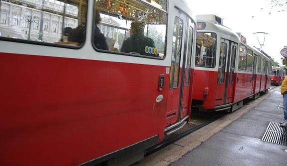 Viyana: Tramvaya tüfekle ateş açtı