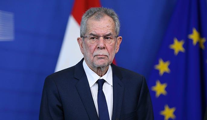 Avusturya Cumhurbaşkanı: 'Bir ağacın yıkılması dakikalar alır ama...'
