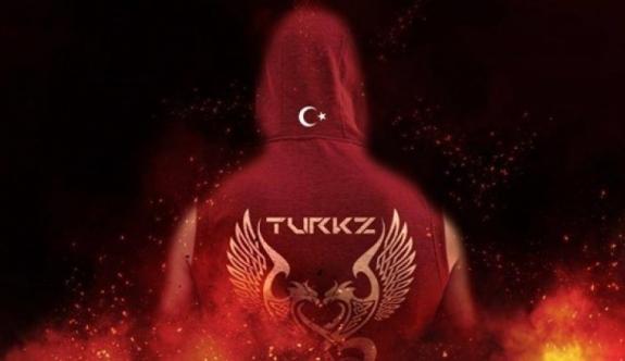 Türk Hackerlar Avusturyalılara Ezan Dinletti