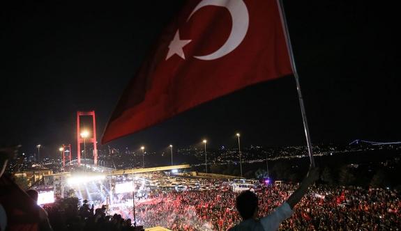 Almanya Meclis Başkanı: 'Türkiye'de 2. Darbe Girişimi Yaşanıyor'