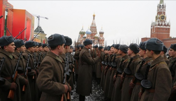 Rusya asker sayısını artırıyor