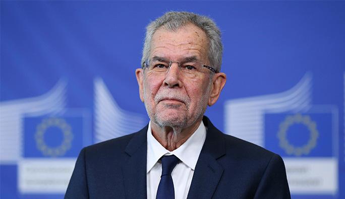 Avusturya Cumhurbaşkanı'ndan 'Başörtüsü' ve 'Çifte Vatandaşlık' açıklaması