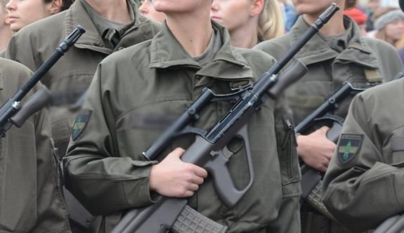Avusturya ordusunda görevli kadın asker sayısı açıklandı