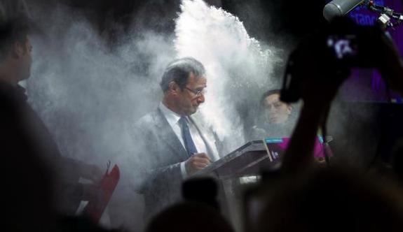 Fransız Cumhurbaşkanına unlu saldırı