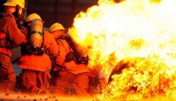 Dini etkinlikte yangın: 20 ölü