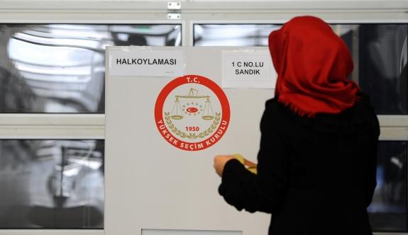 Yurtdışında 751 bin Türk seçmen oy kullandı