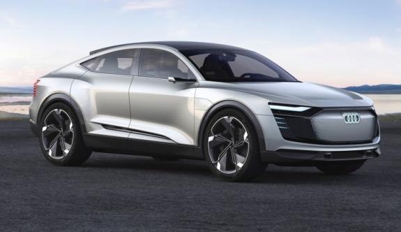 Audi, e-tron Sportback'i tanıttı