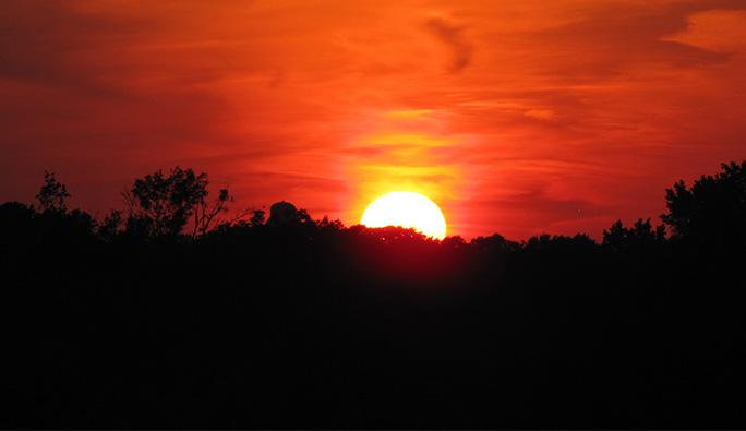 Güneşe aldanıp hastalığa davetiye çıkarmayın