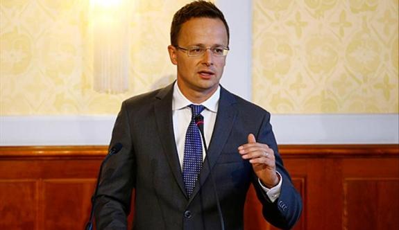 O Ülkeden Avusturyalı AB Komiseri Hahn'ın Açıklamalarına Tepki