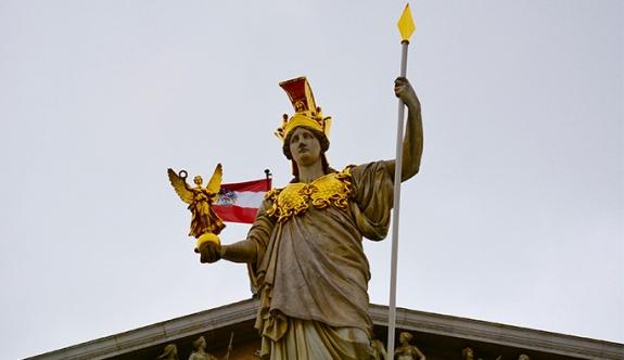 Avusturya'da yeni yabancı yasası onaylandı