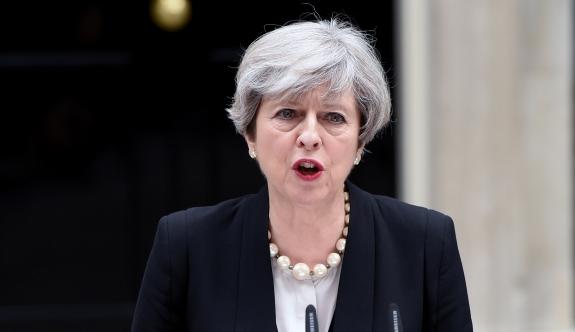 İngiltere Başbakanı May: 'Bu Müslümanlara karşı bir saldırıydı'