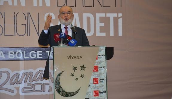 Karamollaoğlu, Viyana'daki iftar programında konuştu