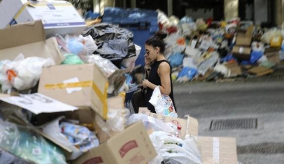 O ülkede 'çöp krizi' büyüyor