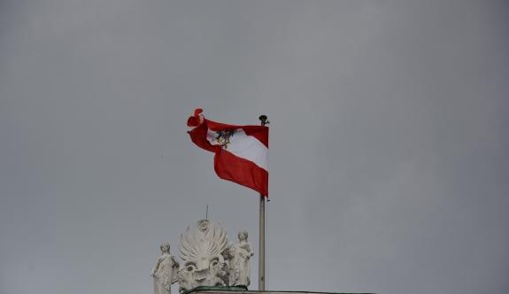 Avusturya'da karara bağlanan 'Yabancılar Yasası' yeniden görüşülecek